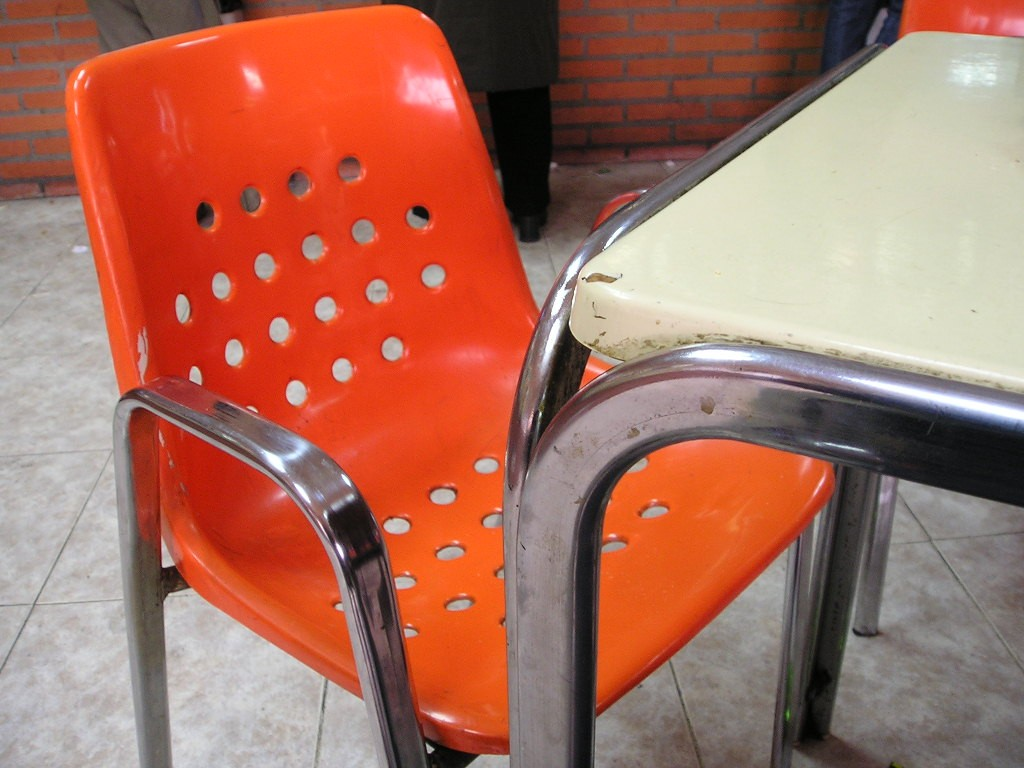 Wypożyczalnia krzeseł – jakie wybrać?