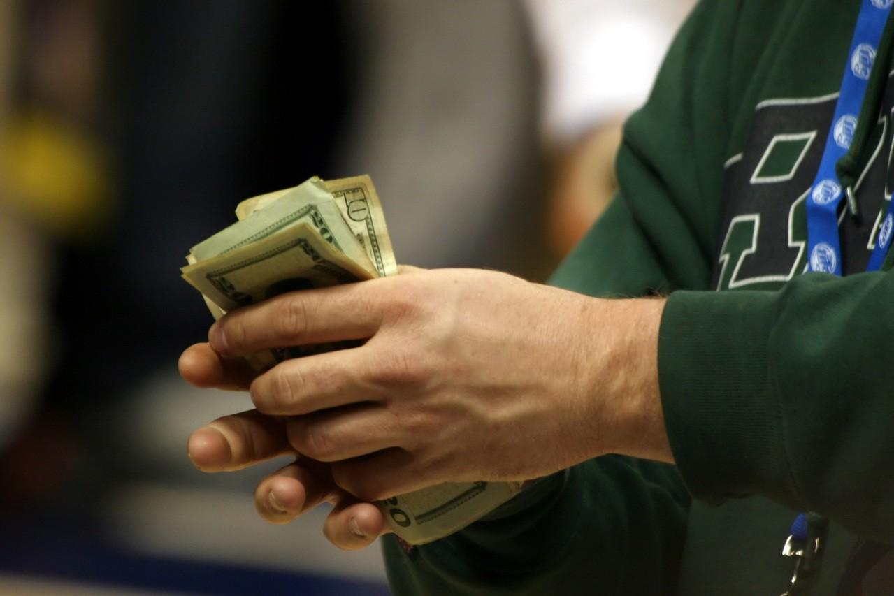 Jak poradzić sobie z długami? Porady