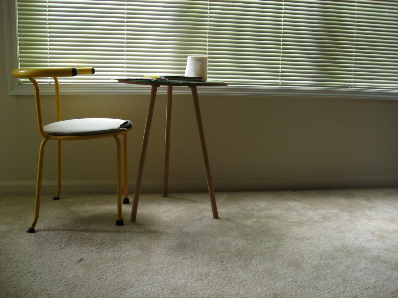 Małe jest piękne – stoły o mniejszych wymiarach